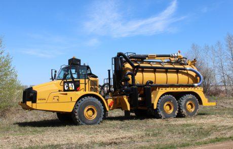 740-Off-Road Vacuum Truck